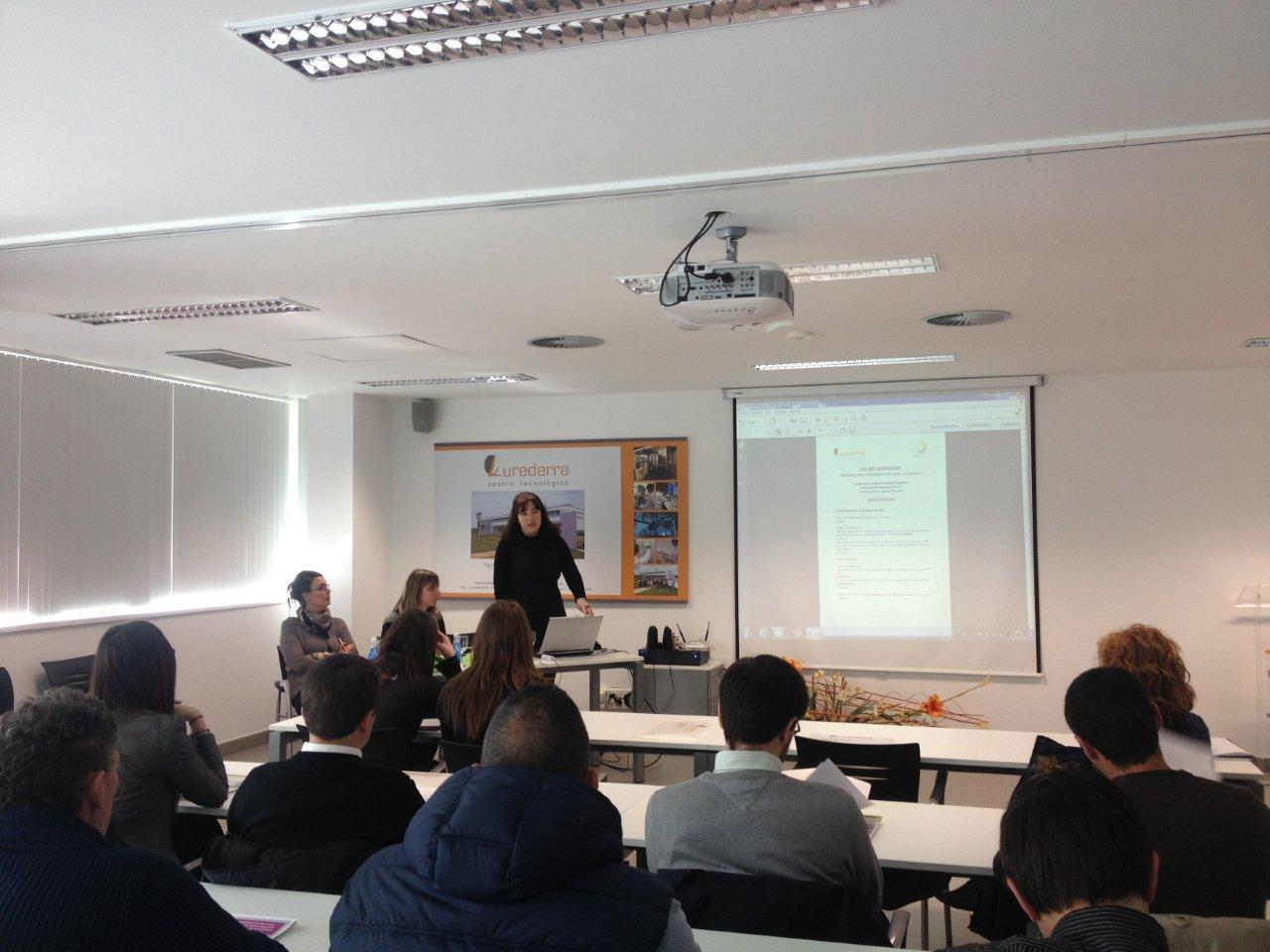 WORKSHOP SOBRE ACTIVIDADES DE RECICLADO EN LUREDERRA 26/03/2014